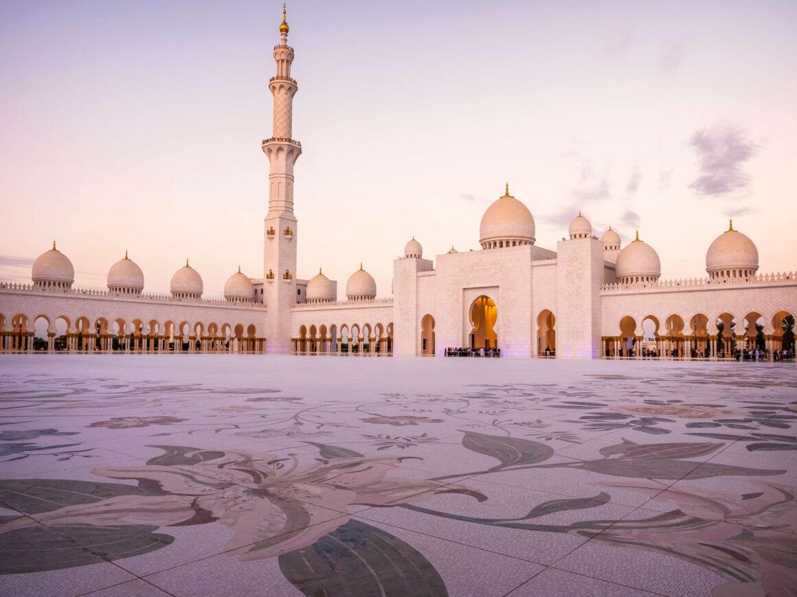 Мечеть Абу Дабі Шейха Зайда, відпочиноу в ОАЕ
