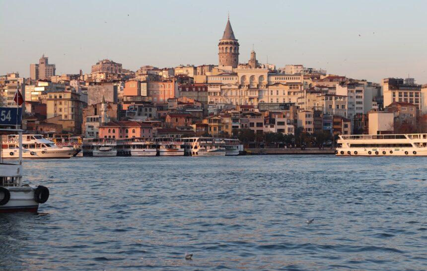 В гостях в Туреччині, Стамбул, турецький чай